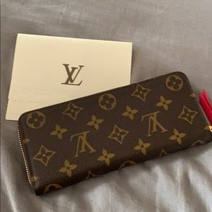 💝 Louis Vuitton Clemence Freesia Wallet 💝